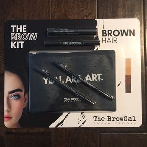 ❤️NEW!!!❤️The Brow Kit, Brown Hair. The Browgal.